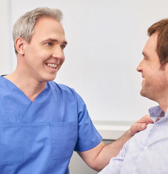 Dr. Kusenack - Privatpraxis für Gefäßchirurgie Düsseldorf - Beratung Halsschlagader Schlaganfall