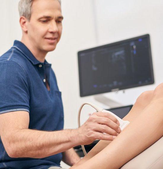 Dr. Kusenack - Privatpraxis für Gefäßchirurgie Düsseldorf - Ultraschall Untersuchung Thrombose